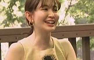 【画像】小嶋陽菜がついに乳首解禁した件……