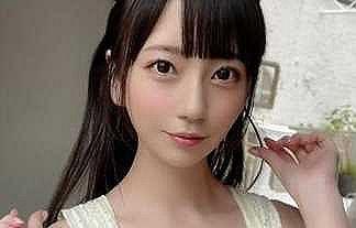 【画像】あの人気セクシー女優がRIZINに!!