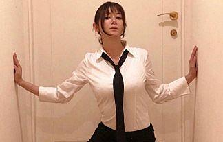 【画像】女優・真木よう子さん、コスプレ披露で相変わらずデカいGカップ着衣おっぱいwwww