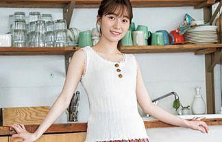 【画像】櫻坂46・守屋麗奈(21)のミニスカ美脚グラビアが王道エロカワwwww