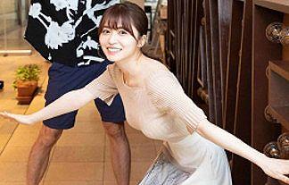 【画像】元欅坂46の長濱ねる(23)が爆乳化でニットおっぱいでさらに強調wwww