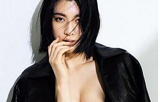 【画像】女優・三吉彩花(25)の谷間&下乳おっぱいがボリューミーでエロ過ぎwww