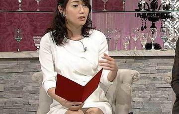 牛田茉友アナ、純白パンチラ!股間をクッキリ覗かせたパンティー丸見え