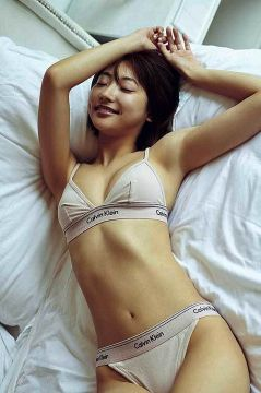 武田玲奈ちゃんの経験人数wカラダは最高にエロい
