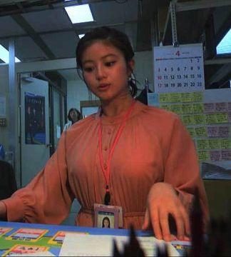 今田美桜、巨乳おっぱいが目立ちすぎて困っちゃいますワンピース