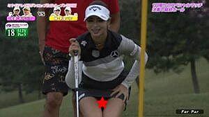女子ゴルフ柏原明日架(24)、パンチラ、ムチムチ尻連発エロすぎ!!
