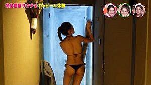 JJモデル・ギャビー(24)、サウナで極小ビキニTバック尻激エロ!!