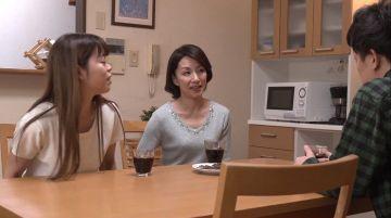 【磯山恵子】娘の夫のセンズリチンコを目撃してしまったお義母さん!背徳感を衝動が凌駕して射精お手伝いフェラチオ