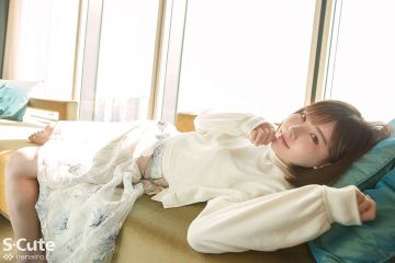 SS【Eimi(深田えいみ)】キュートな微笑みが眩しい美人さんは全身舐められたりキスされるのが好きだという全身性感帯タイプ
