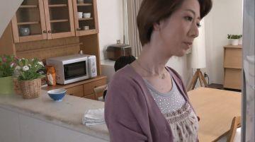 【岡村麻友子】極上巨乳ボディの母親を夜這い緊縛!抵抗出来ない体を息子に弄ばれてクンニリングスに痙攣アクメ