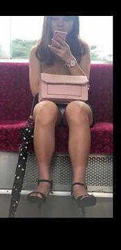 通勤電車はパンチラパラダイスって知ってるか?