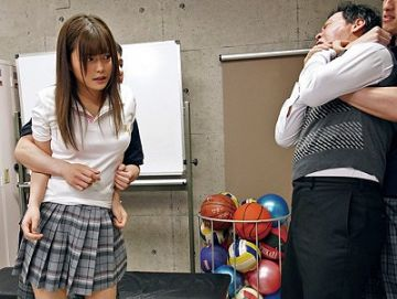 『ハメ撮りしたら出してやるよ』不良に監禁された先生と学園のアイドルの末路  奏音かのん
