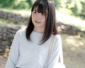 【二の宮すずか】友達ゼロ、会社でも誰とも喋らない地味かわいいプログラマー女子が勇気を出してAVデビュー!