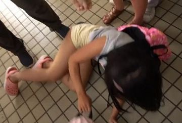 【投稿動画】夏休み、元気に遊ぶ女子小●生たちを狙った『トイレ連れ込みわいせつ映像』