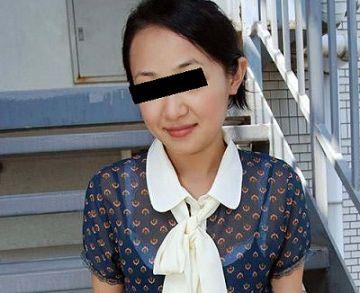 【素人】朝倉琴美 26歳。旦那が忙しくてここ一年オナニーしかしてない主婦が内緒で無修正AV出演!