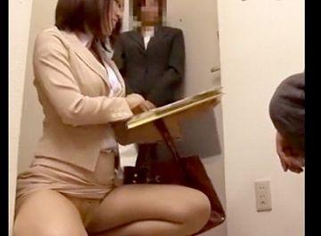 【隠し撮り】都市伝説じゃなかった!生命保険の女性外交員が枕営業をしてる生々しい現場映像がこちら