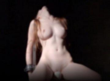 【動画あり】拘束されて電マの上に強制的に座らされ続けた美女の末路wwwwwwwwww