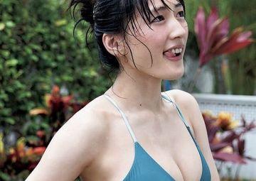 【悲報】綾瀬はるかさん(35)の水着姿、限界