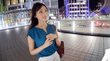 ほろ酔いの26歳美人銀行員を渋谷でナンパ!関西弁でノリが良いFカップ美乳のスレンダーお姉さんとご機嫌なセックス!