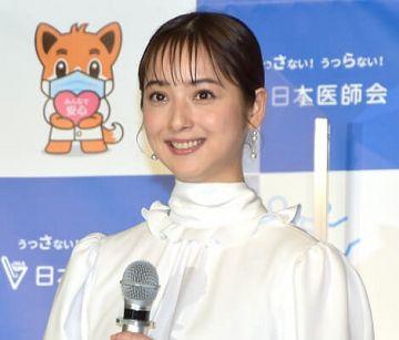 【悲報】佐々木希、夫の違約金1億円がのしかかり、遂にヌード披露へ・・・