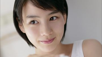【悲報】能年玲奈さん(28)の透け乳首写真が流出wwwwwwwwwwww【画像あり】