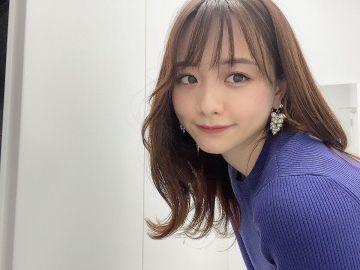 【画像】森香澄さん、自慢の巨乳を揺らしながら視聴者に笑顔でサービス