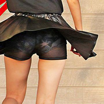 アイドルの生パンツが透けパンしたエロ画像w ほか