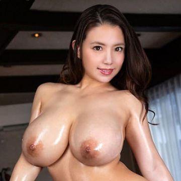 【織田真子】Gカップ爆乳な淫乱熟女の豪快パイズリ&中出しセックス