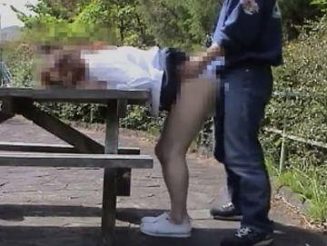 【個人撮影】ママ活サイトで待ち合わせた四十路主婦と出会って1分で初対面青姦SEX!