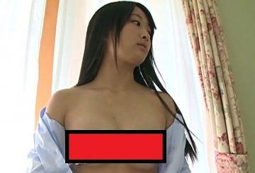『よつばとシャンプー 北野四葉 中2』乳見せ&マンスジどアップで販売中止になった過激イメージビデオ