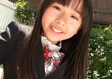 『雨宮鈴実(11) すずみっくす』S5年生の女性器の形がくっきり見える過激イメビ