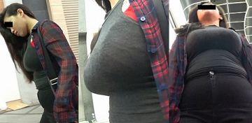 着衣だと形・大きさが目立っておっぱいがよりエロく見えるらしい