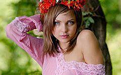 洋ティーン大国ロシアの妖精フルヌード、彼女の名はユリア。