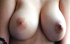 ウクライナのありえない激スリムガリ巨乳の奇跡体型!たわわ軟乳おっぱい…最高やwww