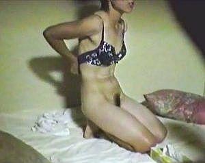 【個人撮影】エロ過ぎる下着でヤル気満々の垂れパイ奥さん!バックで突かれ照れながら悶絶しちゃう姿がエロ過ぎ!