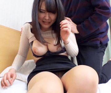 【人妻ナンパ】恥ずかしがりながら晒したおっぱいは超極上!チンポを欲しがる素人の既婚女性にドップリ中出ししちゃう!