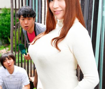 Jカップの超絶巨乳で男を誘惑する人妻!心配する旦那には脇目も振らずに他人棒に興味津々!